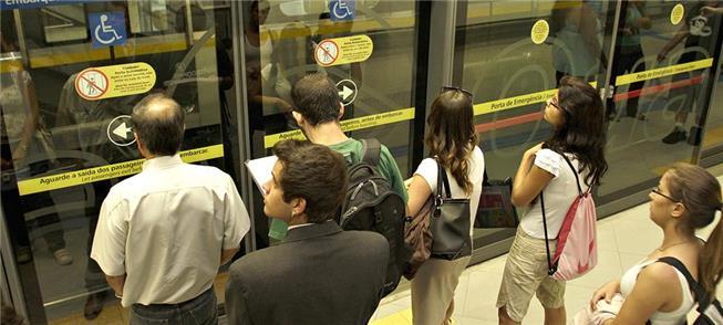 Metrô e trem da CPTM registram aumento na demanda