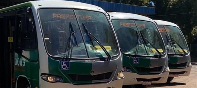 Micro-ônibus contratados emergencialmente pela Pre