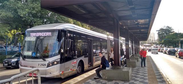 Mobilidade a pé deve integrar a rede de transporte
