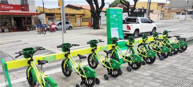 Nova estação de mini bikes na Praça do Polar, em F