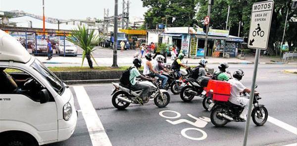 Novas áreas de espera para motociclistas