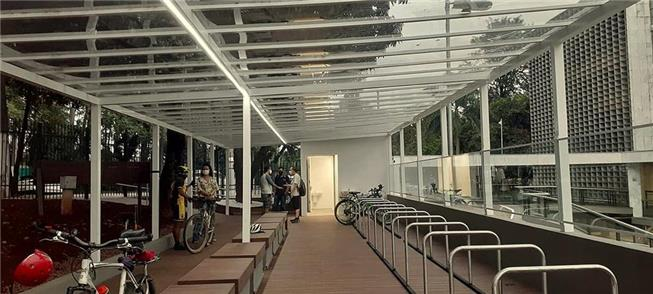 Novo bicicletário: 91 vagas, vestiário e local par