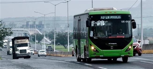 Novos ônibus na linha C98