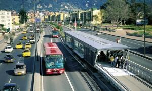 O Transmilênio, em Bogotá
