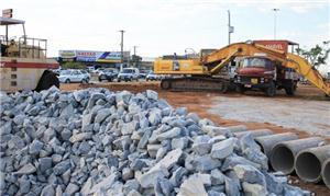Obras do VLT na Avenida da FEB, em Várzea GrandeOb