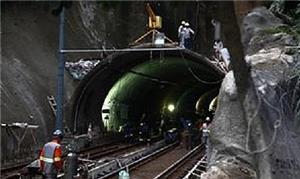 Obras no Túnel José Menino, entre Santos e São Vic