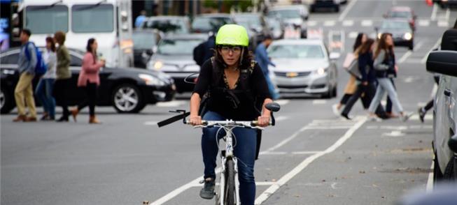 Óculos especiais rastreiam os movimentos do ciclis