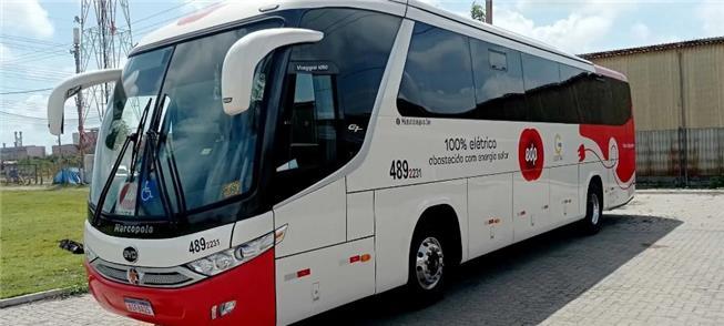 Ônibus 100% elétrico alimentado por energia solar,