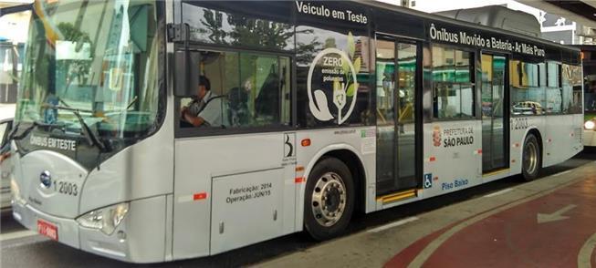 Ônibus elétrico em teste em São Paulo