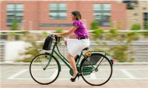 Os benefícios de pedalar para o trabalho vão além