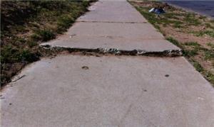 Os problemas das calçadas da cidade podem ser rela