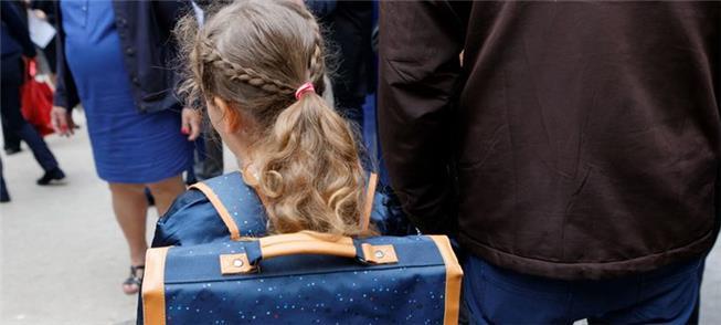 Paris concede gratuidade no transporte a menores d