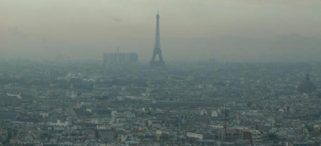 Paris em meio à poluição, pela nona vez em 2016