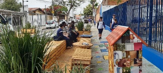 Parklet frente a escola em Campinas-SP: segurança