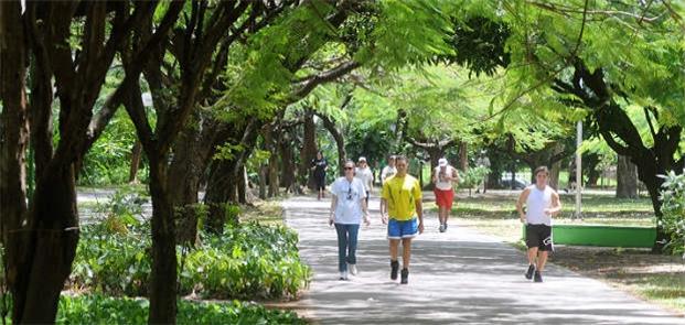 Parque da Jaqueira, no Recife: exemplo de calçada