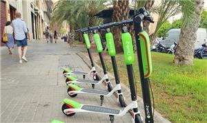Patinetes: opção de mobilidade adotada em Barcelon