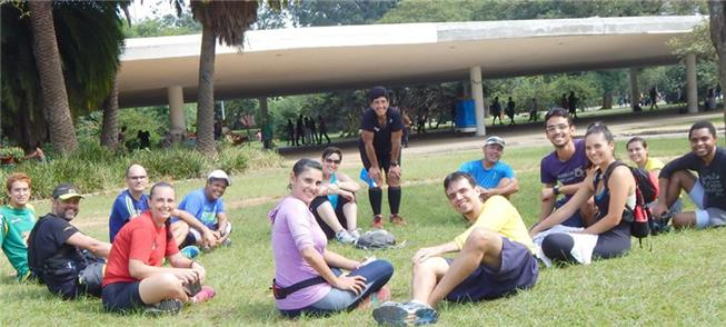 Pausa no gramado da marquise do Ibirapuera, obra d