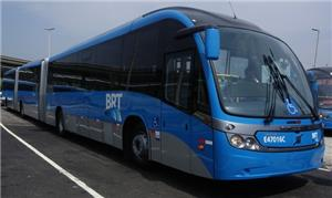 Peso dos BRTs, quando cheios, dificulta a frenagem