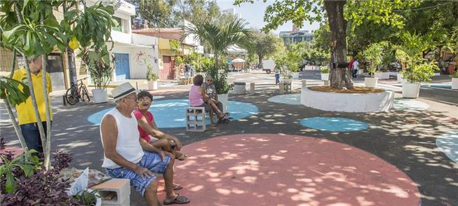 Avenida Central em Fortaleza: de repente, um parqu