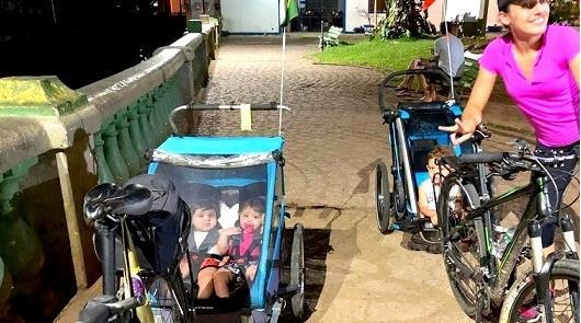 Priscila e seus três bebês: prontos para a viagem