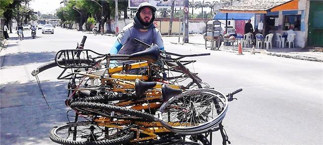 Projeto Bota Pra Rodar recupera bikes para uso com