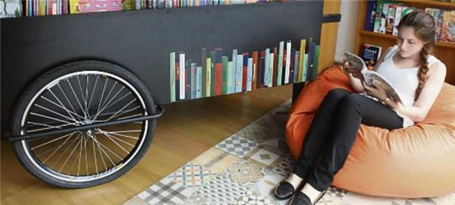 Projeto de bicicleta e livraria itinerante no ABC