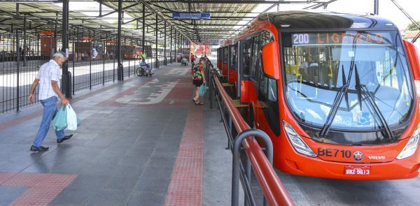 Projeto de tarifas mais baixas é aprovado em Curit