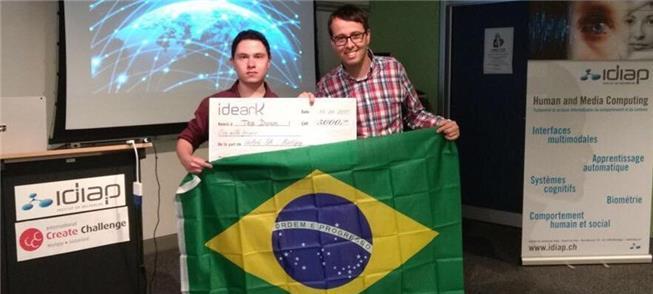 Renato e Fábien levam 1º lugar com projeto de mobi