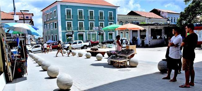 Rua Grande (São Luís): novos mobiliário, iluminaçã