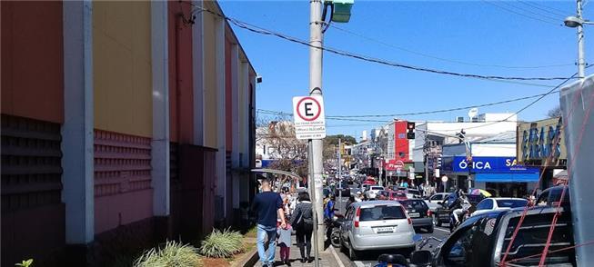 São Carlos: excesso de veículos pede investimento