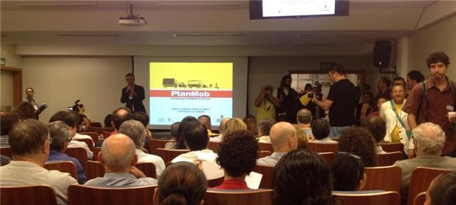 São Paulo debate plano de mobilidade