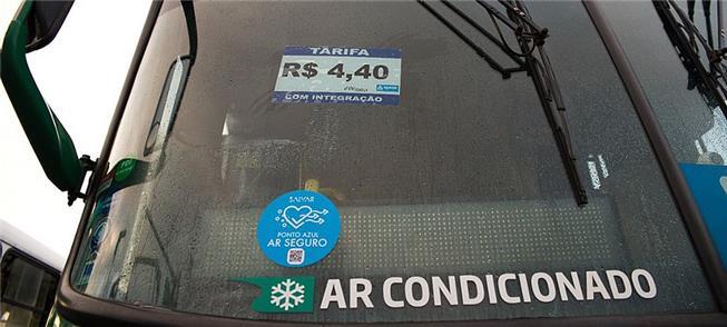 Selo azul indica o uso do filtro no sistema de ar-