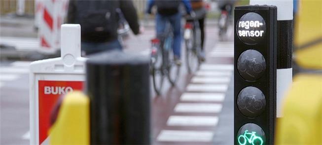 Semáforos antecipam luz verde para bicicletas na H