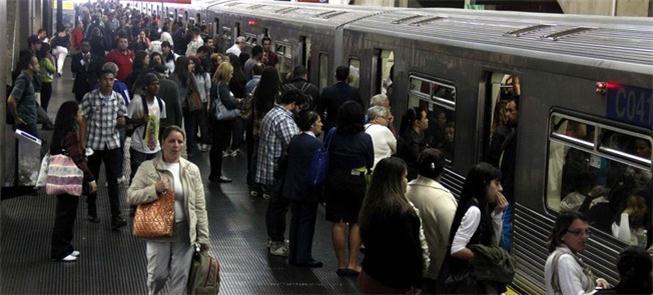 Superlotação já chegou às Linhas 1, 2 e 3 do Metrô