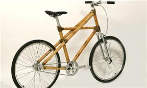 Todo o quadro da bike é feito de bambu