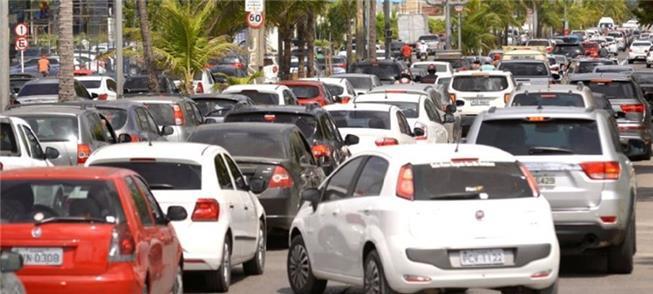 Trânsito na avenida Antônio de Góes: a mobilidade