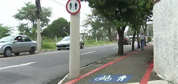 Trecho de calçada compartilhada em São José