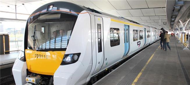 Trens são monitorados para evitar aglomerações