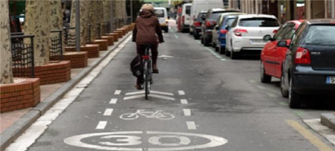 Vias com áreas para bicicleta não excederão 30 km/