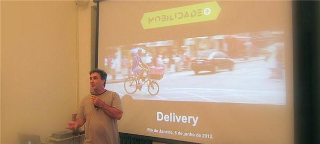 Zé Lobo e o transporte de cargas com bicicletas